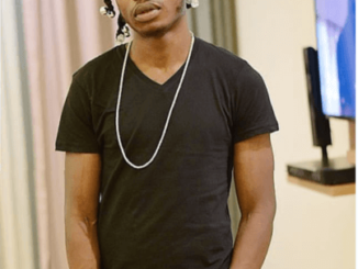 """Naira Marley Introduces New Dance Step Called, """"Tesumole Dance"""" 