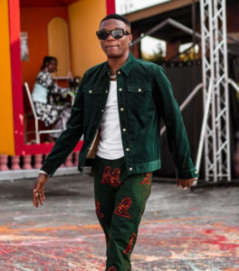 Twitter goes wild after Wizkid announce that he is getting married next year