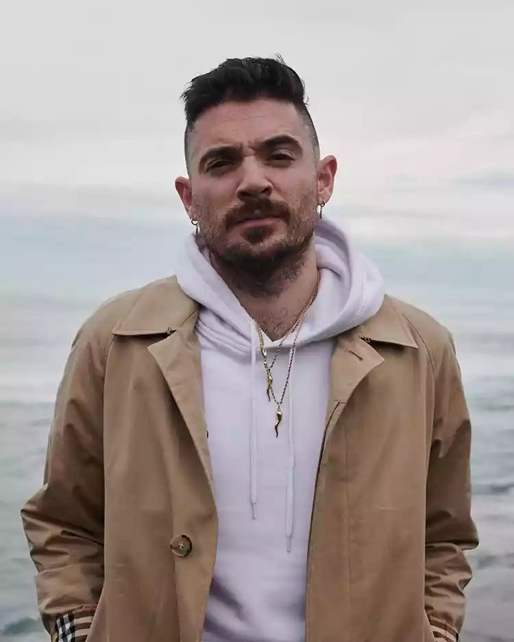 American artiste Jon Bellion says Nigerian singer Johnny Drille is the truth
