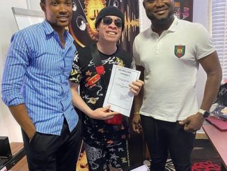 Dr Dolor signs new artist, Afin Osha to Dr Dolor Entertainment