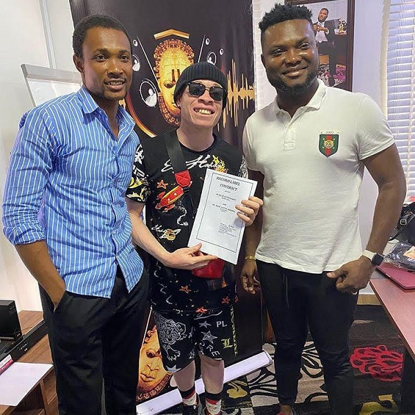 Dr Dolor signs new artist, Afin Osha to Dr Dolor Entertainment
