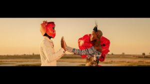 VIDEO: Mi Casa – Church Bells