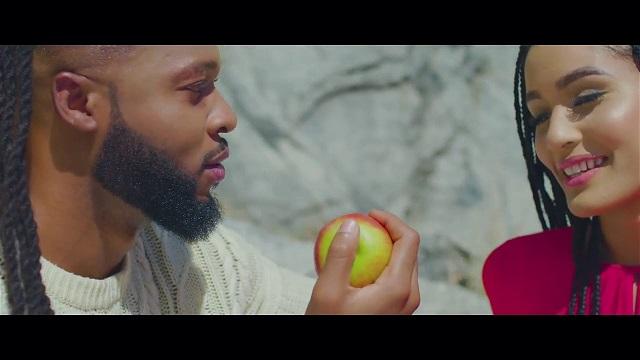 VIDEO: Flavour – Omo Temi