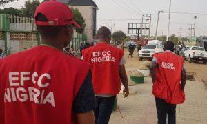 Drama As EFCC Busts 12 Suspected 'Yahoo Boys' In Ibadan